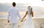 Прокат свадебных платьев от 10000 тенге и выше.
